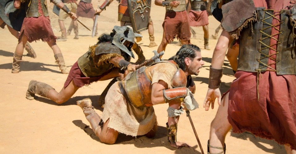 Davi deixa Urias (Alexandre Barillari) morrer. A cena deve ir ao ar na quinta (29/3/11)