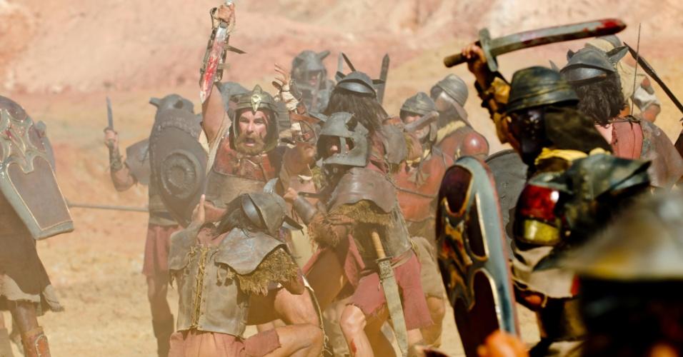 Eliã (Eduardo Semerjian), que vê o genro como um filho, tentará ajudar ao vê-lo sendo massacrado, mas não resistirá ao ataque violento dos amonitas. A cena deve ir ao ar na quinta (29/3/11)