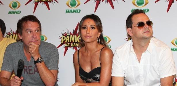 """Emilio Surita, Sabrina Sato e o humorista Carioca participam de coletiva de lançamento do """"Pânico"""" na Band (23/3/2012)"""