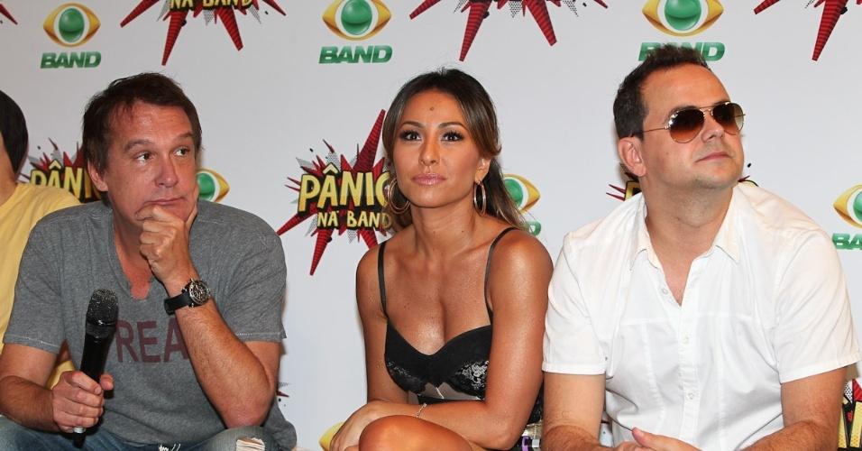 """Emilio Surita, Sabrina Sato e o humorista Carioca participam de coletiva de lançamento do """"Pânico"""" na Band"""