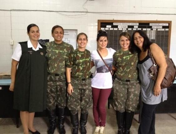 Fernanda Paes Leme inicia laboratório para interpretar a tenente Márcia em