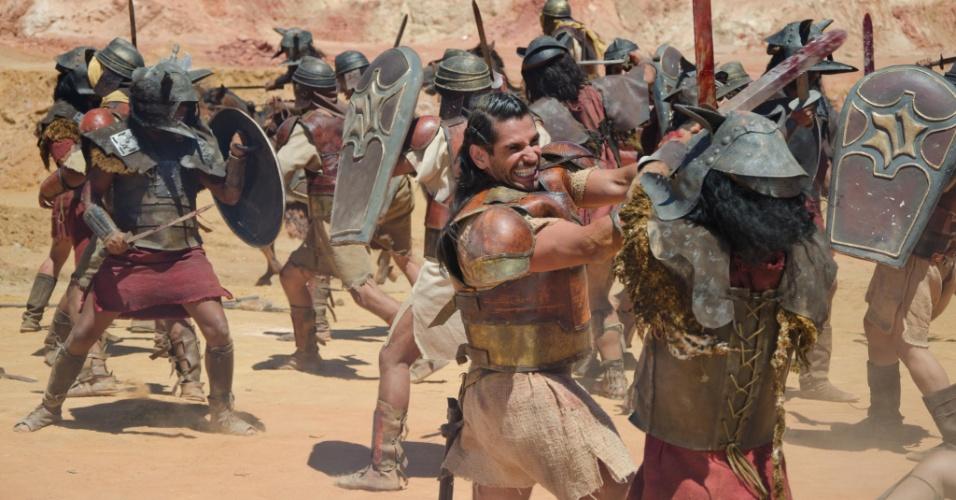 Urias (Alexandre Barillari) entra na batalha, mas não sabe que sua vida está por um fio. A cena deve ir ao ar na quinta (29/3/11)