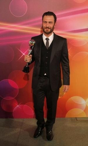 O ator Gabriel Braga Nunes é eleito melhor ator na premiação Melhores do Faustão, no Rio de Janeiro (31/3/2012)