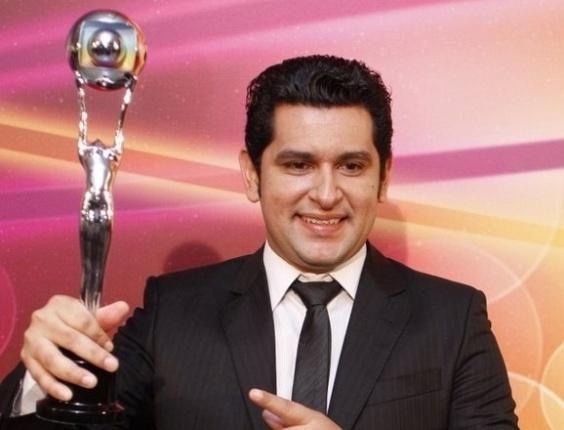 O músico Léo Magalhães foi o vencedor na categoria revelação musical, que tinham ainda o grupo Bom Gosto e a cantora Gaby Amarantos