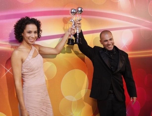 """Os humoristas do """"Zorra Total"""" Rodrigo Sant'Anna  e Thalita Carauta vencem na categoria melhor comediante (31/3/12)"""