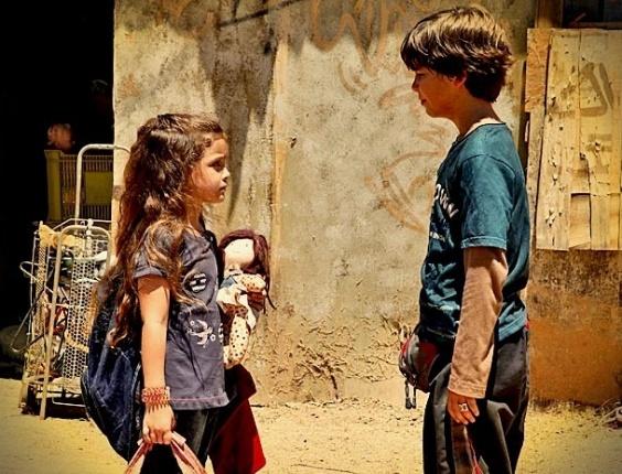"""Rita (Mel Maia) e Batata (Bernardo Simões) em """"Avenida Brasil"""" (2/4/12)"""