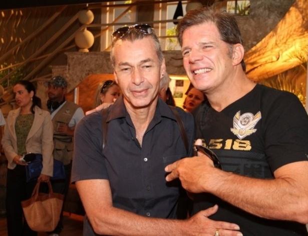 """Raul Gazolla e Ignacio Coqueiro na coletiva de imprensa de """"Máscaras"""", no RecNov, zona oeste do Rio (3/4/2012)"""