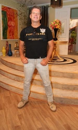 """Raul Gazolla na coletiva de imprensa de """"Máscaras"""", no RecNov, zona oeste do Rio (3/4/2012)"""