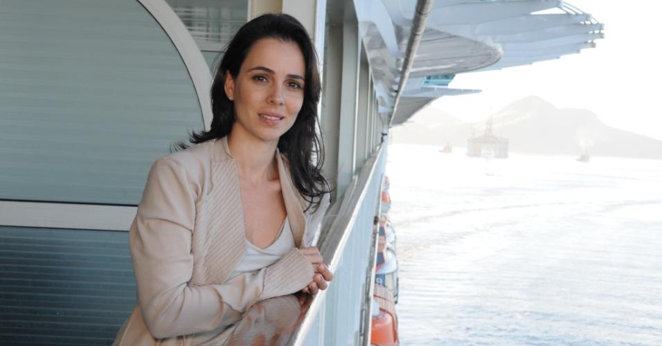 """Em """"Máscaras"""", Miriam Freeland é Maria Benaro"""