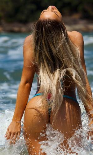 A nova panicat Carol Belli, já foi modelo do calendário Sirena (2012)