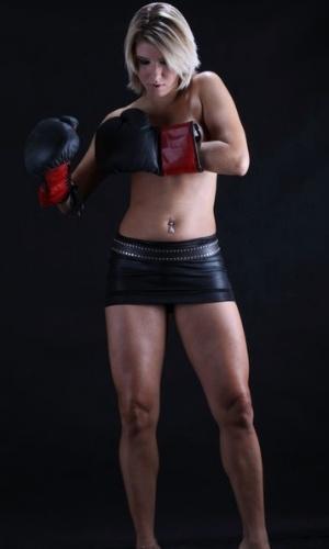Anunciada como nova panicat, a paulista Thais Bianca já fez ensaio com lutas de boxe