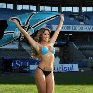 Carol Narizinho, uma das quatro novas panicats anunciadas, já foi musa do Grêmio (2012)