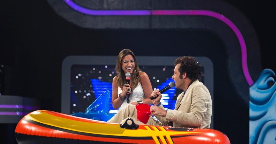 """Patrícia Abravanel e Márcio Balla se divertem durante a gravação do """"Cante Se Puder"""" (30/3/12)"""