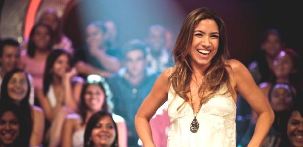 """Patrícia Abravanel durante gravação de """"Cante Se Puder"""""""