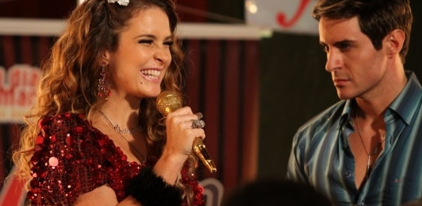 Claudia Abreu e Rodrigo Tozzi gravam cena da nova novela das sete