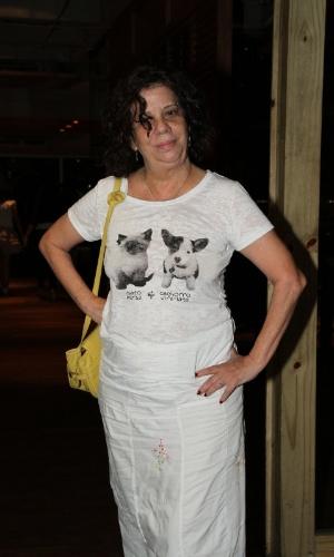 """Maria Gladys se reúne com o elenco de """"Aquele Beijo"""" para assistir ao último capítulo da novela, no Rio (13/4/2012)"""