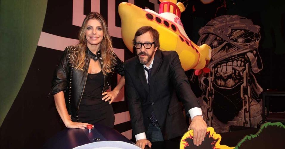 """Daniella Cicarelli estreia o """"Provão"""" junto com o VJ Luiz Thundebird no dia 30 de abril. O programa consiste em competições entre escolas. A modelo passou pela emissora em 2002 e 2007 e apresentou programas como """"Beija Sapo"""", """"Dance o Clipe"""", """"Batalha de Modelos"""", """"Daniella no País da MTV"""" e dividiu o palco com Cazé em """"Notícias de Biquíni"""" (23/4/12)"""