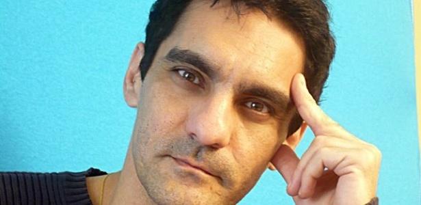"""O ator William Vita mal saiu de """"Rei Davi"""", já está em """"Avenida Brasil"""""""
