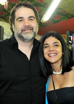 Os autores Filipe Miguez e Izabel de Oliveira (4/4/2012)