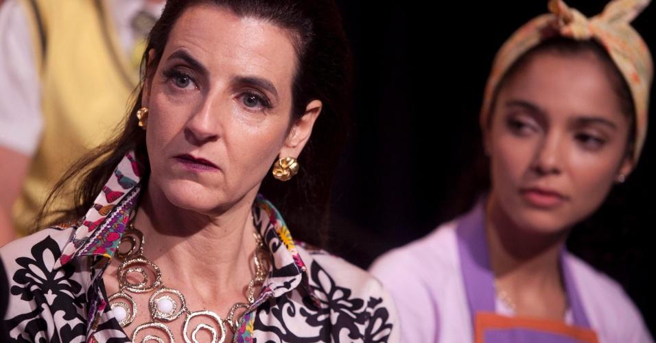 """À direita, Ilana Kaplan será a professora de música Matilde na trama de """"Carrossel"""". À esquerda, Márcia de Oliveira será Graça, encarregada pela limpeza da Escola Mundial. A novela estreia em 21 de maio"""