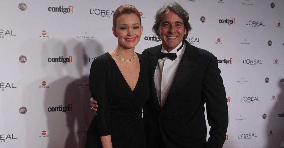 Júlia Lemmertz e Alexandre Borges no 14º Prêmio Contigo! de TV, no hotel Copacabana Palace, no Rio de Janeiro (14/5/2012)