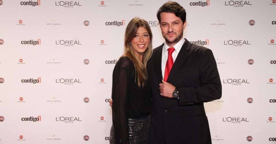 Marcelo Serrado com a mulher, Roberta Fernandes, no 14º Prêmio Contigo! de TV, no hotel Copacabana Palace, no Rio de Janeiro (14/5/2012)