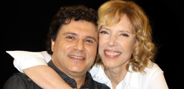 Frejat dá entrevista a Marília Gabriela, no