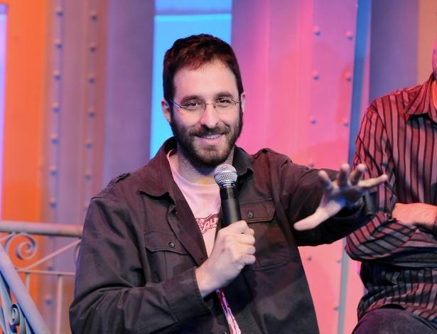 """Rafinha Bastos apresenta versão brasileira de """"Saturday Night Live"""" a jornalistas (16/5/12)"""