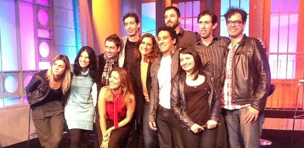 """Rafinha Bastos posa ao lado dos humoristas da versão brasileira de """"Saturday Night Live"""", que estreia dia 27 de maio na RedeTV! (16/5/12)"""