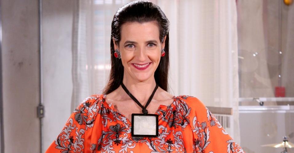 "Em ""Carrossel"", Ilana Kaplan é Professora Matilde"