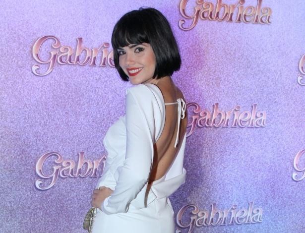 A atriz Vanessa Giácomo será filha do coronel Melk (Chico Diaz). Rebelde, a jovem irá lutar pela libertação feminina da década de 20, para desgosto de seu pai (21/5/12)