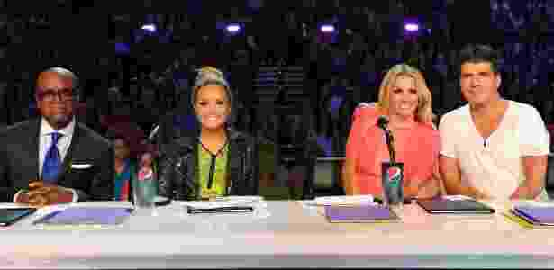 "LA Reid, Demi Lovato, Britney Spears e Simon Cowell, do ""X Factor"" norte-americano, em 2012 - Reprodução/Twitter"