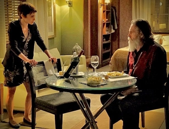 """Em """"Avenida Brasil"""", Nina descobre que Carminha é a mãe biológica de Jorginho (29/5/12)"""
