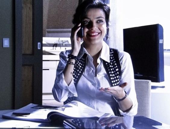 """Letícia Persiles em cena de """"Amor Eterno Amor"""" (31/5/2012)"""