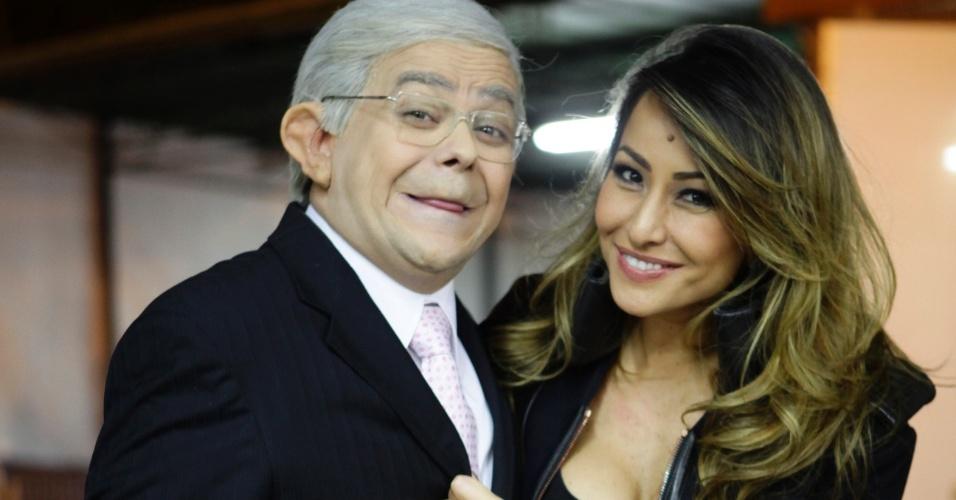 Carioca encontra Sabrina nos bastidores da Band, em São Paulo (31/5/2012)