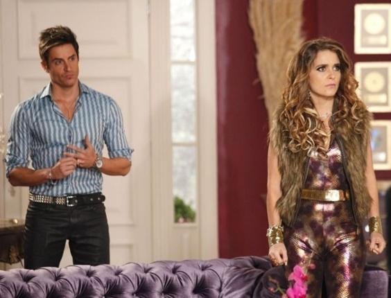 """Em """"Cheias de Charme"""", Fabian descobre segredo de Chay e termina namoro fajuto"""