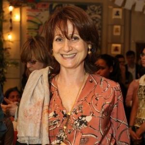 A atriz Zezé Polessa participa do workshop para a novela