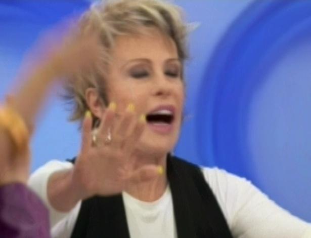 Ana Maria Braga encerra a briga chamando o programa para os comerciais