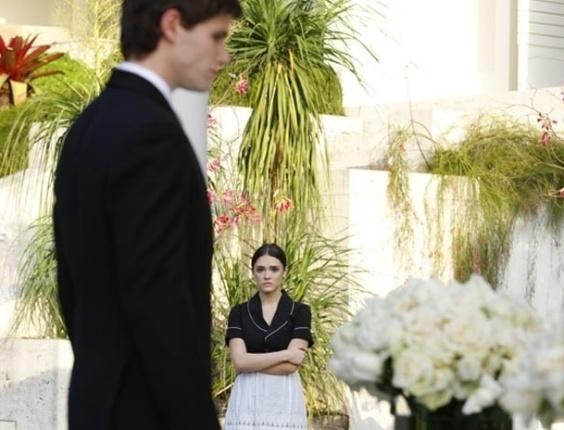 """Em """"Cheias de Charme"""", no dia de seu casamento, Conrado ameaça terminar tudo e ficar com Cida (19/6/12)"""