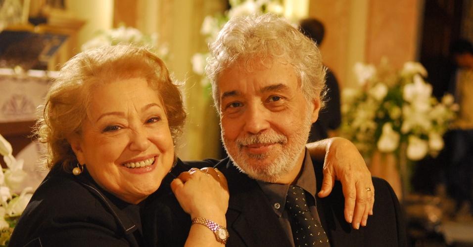 """Suely Franco e Pedro Paulo Rangel em cena de """"Cama de Gato"""" (2009)"""