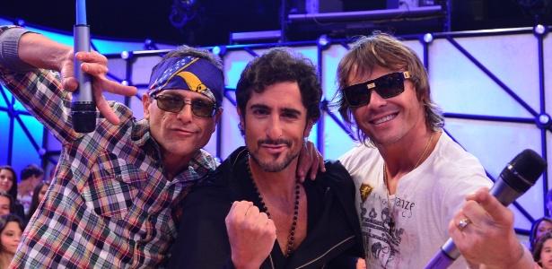 """Sylvinho Blau-blau, Marcos Mion e Théo Becker no """"Legendários"""" (22/6/12)"""