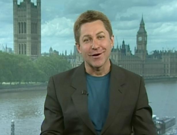 """De Londres, o jornalista Marcos Losekann também comentou o assunto de adoção no programa """"Encontro com Fátima"""" (25/6/12)"""