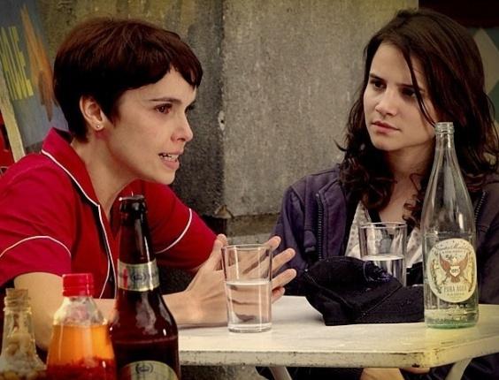 """Em """"Avenida Brasil"""", Betânia procura Nina na mansão e avisa que não vai mais ajudá-la (25/6/12)"""