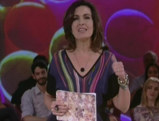 """Na estreia do programa """"Encontro com Fátima Bernardes"""", a jornalista abordou o tema da adoção, a primeira viagem para o exterior de três amigos, além depilação masculina (26/6/12)"""
