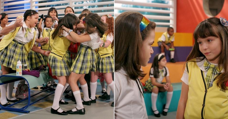 """Em """"Carrossel"""", Valéria e Maria Joaquina brigam no recreio (28/6/12)"""