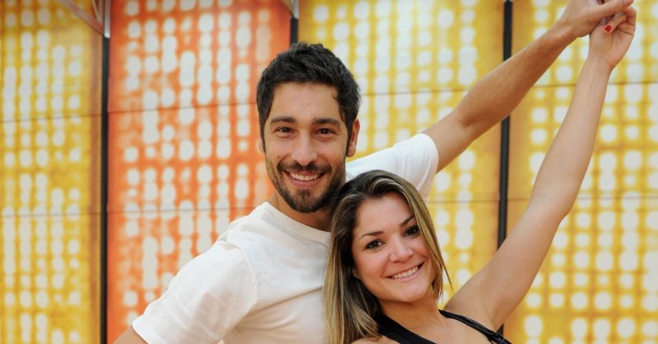 """O ator Victor Pecoraro e Leticia Weiss terão a chance de voltar à """"Dança dos Famosos"""" 2012, neste domingo (1/7/12)"""