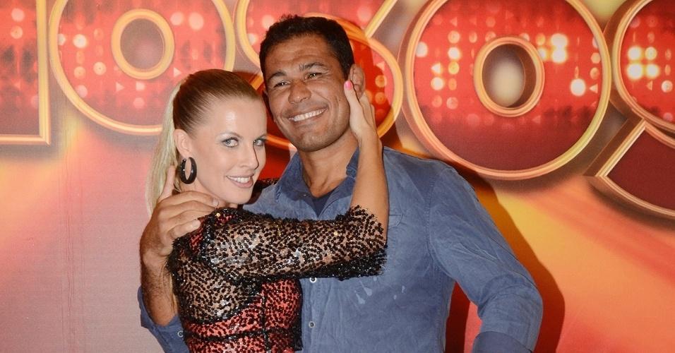 """O lutador Minotauro e Juliana Valcézia também irão disputar a repescagem da """"Dança dos Famosos"""" 2012, neste domingo (1/7/12)"""