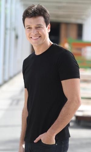 """Rodrigo Faro gravou nesta quinta participação na novela teen """"Rebelde"""" (28/6/12). O apresentador esteve nos estúdios na Record, na zona oeste do Rio"""