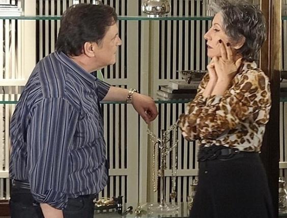 """Luis Melo e Cassia Kis Magro em cena de """"Amor Eterno Amor"""" (2/7/2012)"""