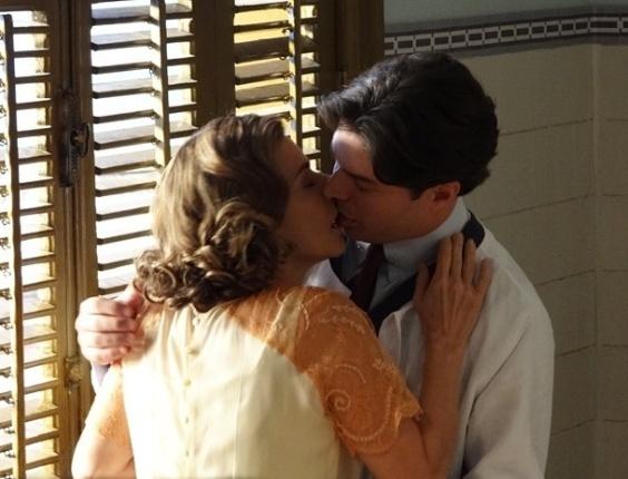 """Em """"Gabriela"""", Osmundo e Sinhazinha se beijam pela primeira vez (3/7/12)"""